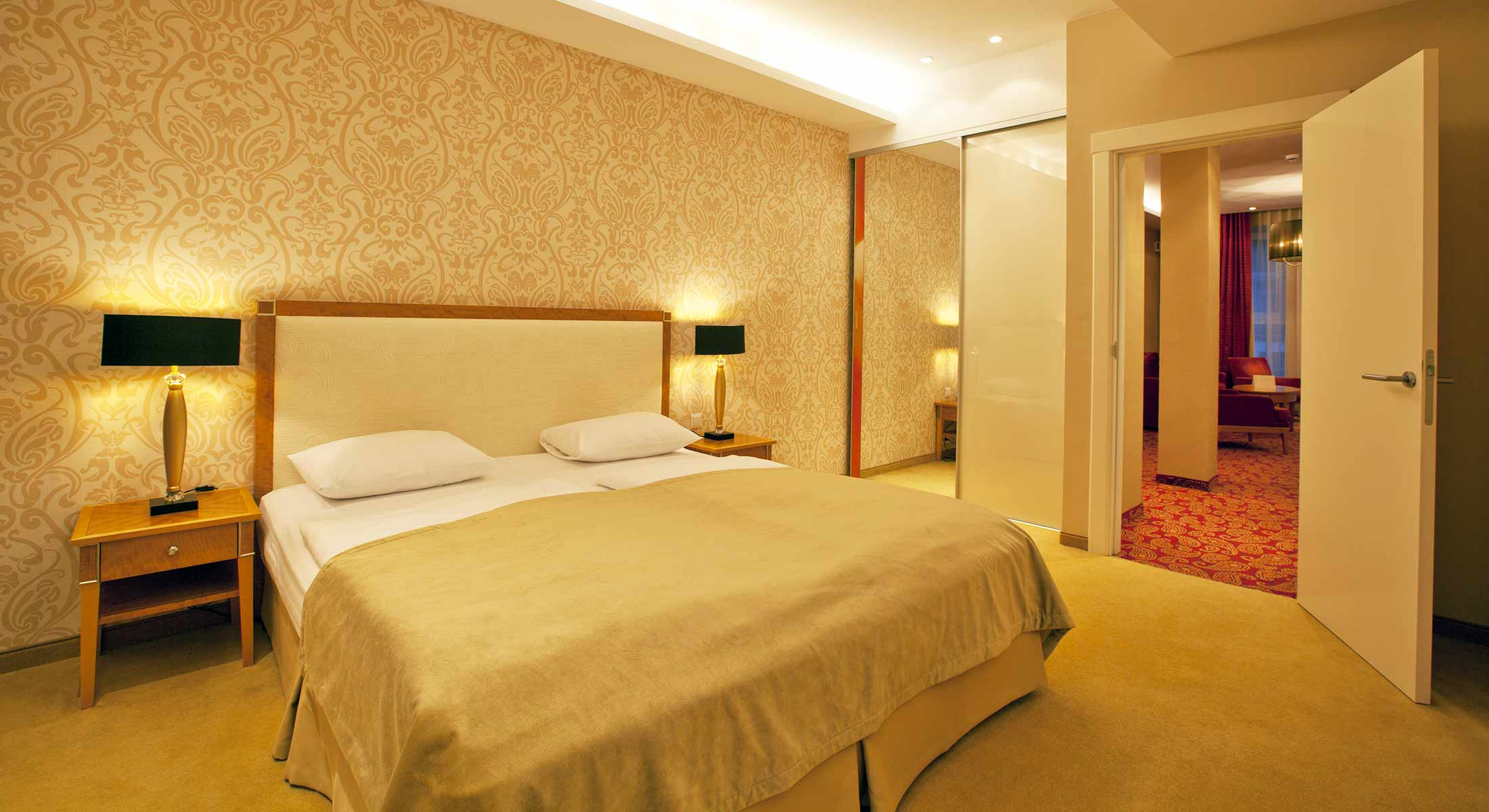 slidehome_lux_Amber-Spa-Hotel44